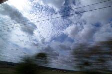 A travers la fenêtre du train